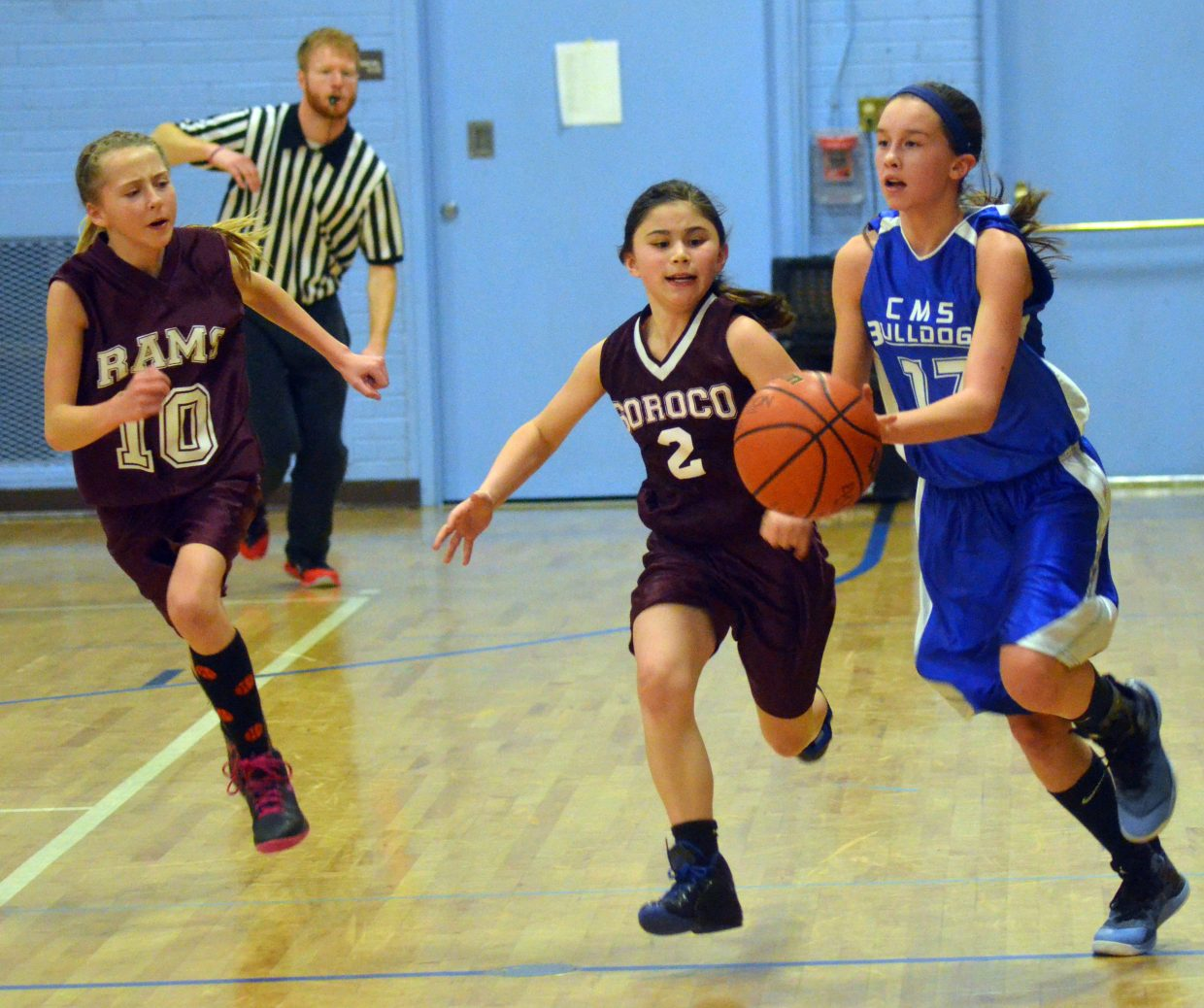 Craig Middle School's Emaleigh Papierski has speed on her side during the seventh-grade A-Team's Thursday home game with Soroco.