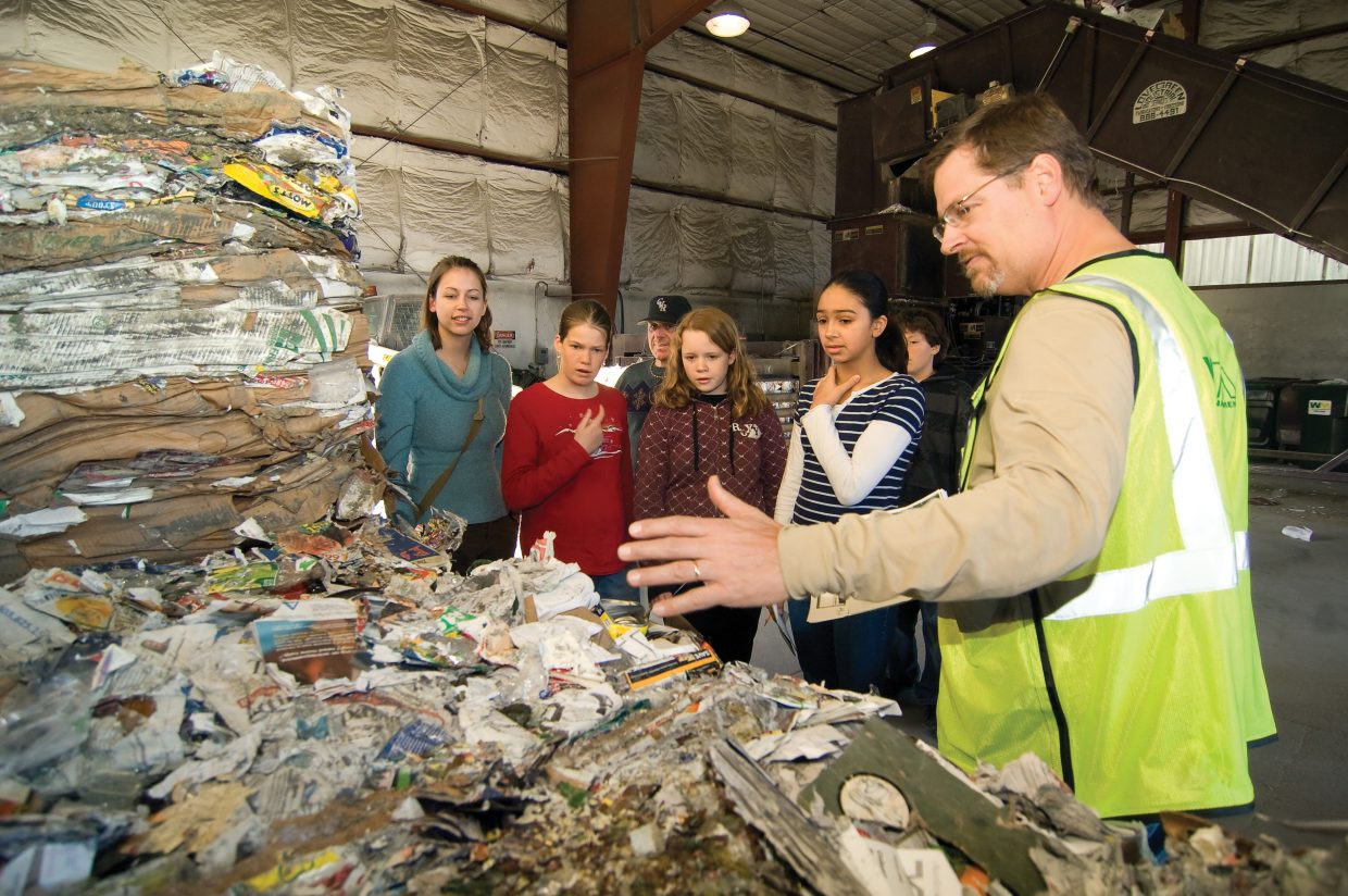 Green Team Tours Recycling Process