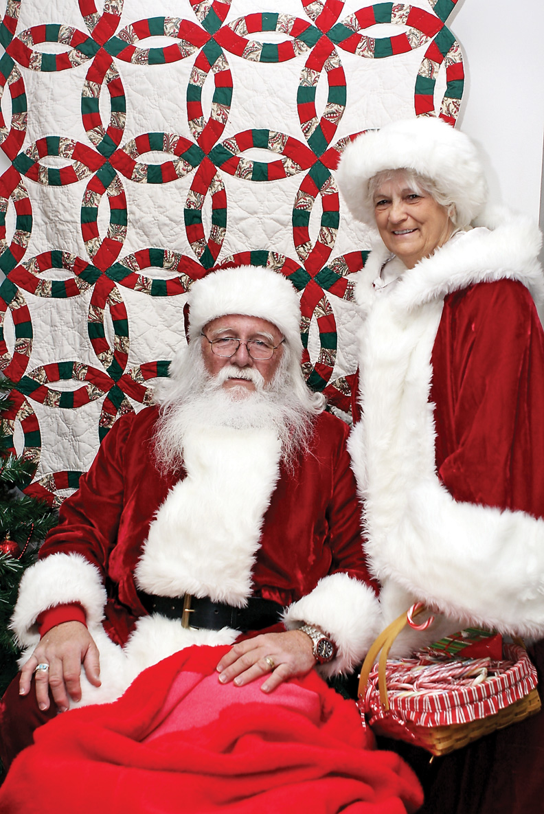 George and Ann Kidder spent nearly two decades standing in as Santa and Mrs. Claus.