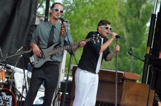 JW Snack's summer concert series features Movers & Shakers