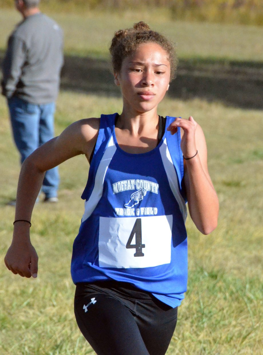 Craig Middle School's Sarah Johnson puts on an extra burst of speed during Saturday's MCHS Invitational.