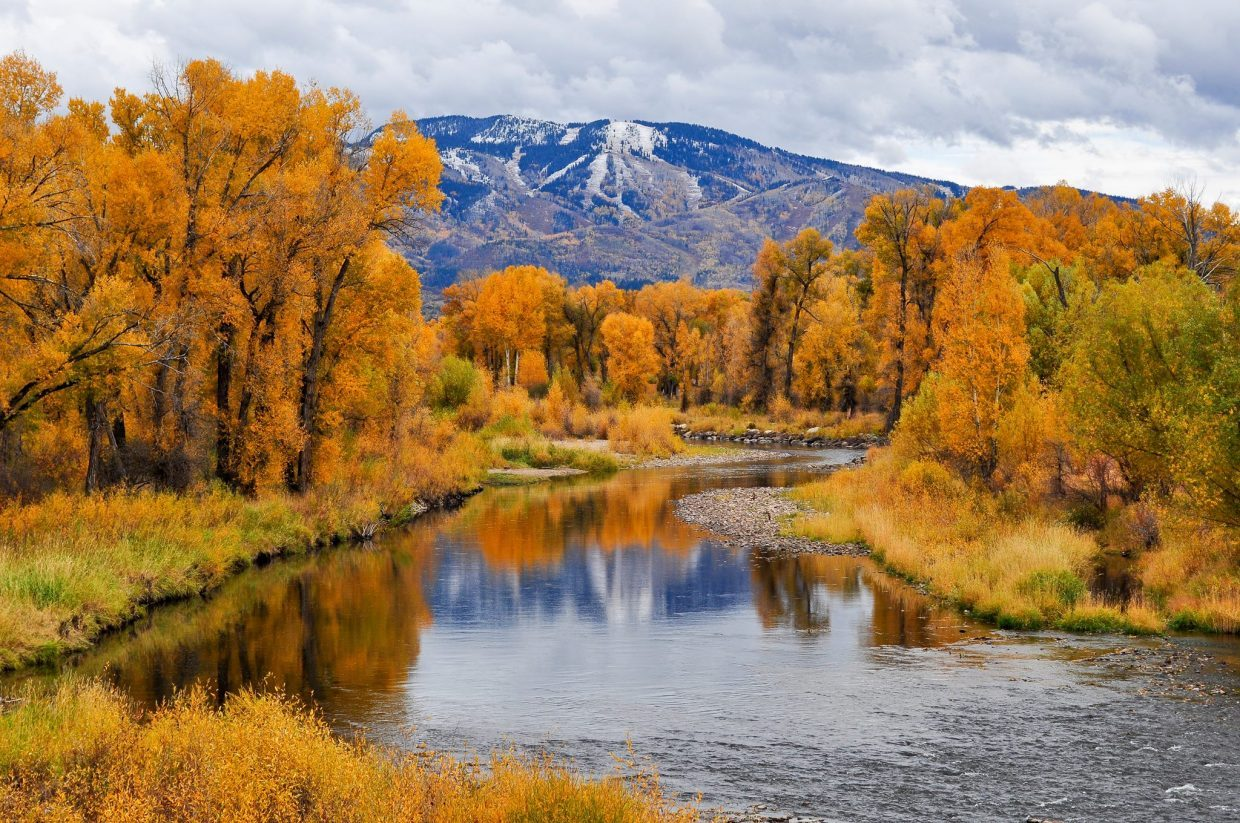 Snowpack peaks, Yampa River rising as temperatures head into 60s