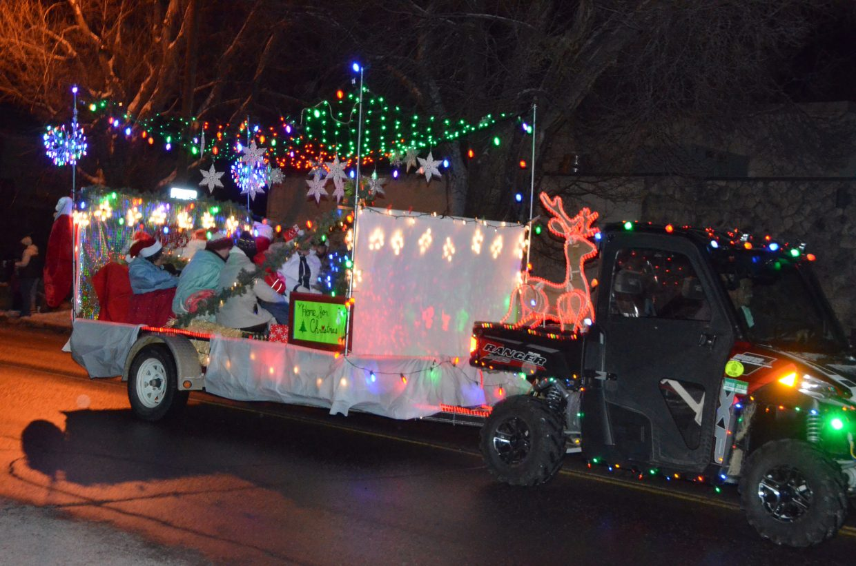 Christmas Homecoming Float.Parade Of Lights A Winter Wonderland In Downtown Craig