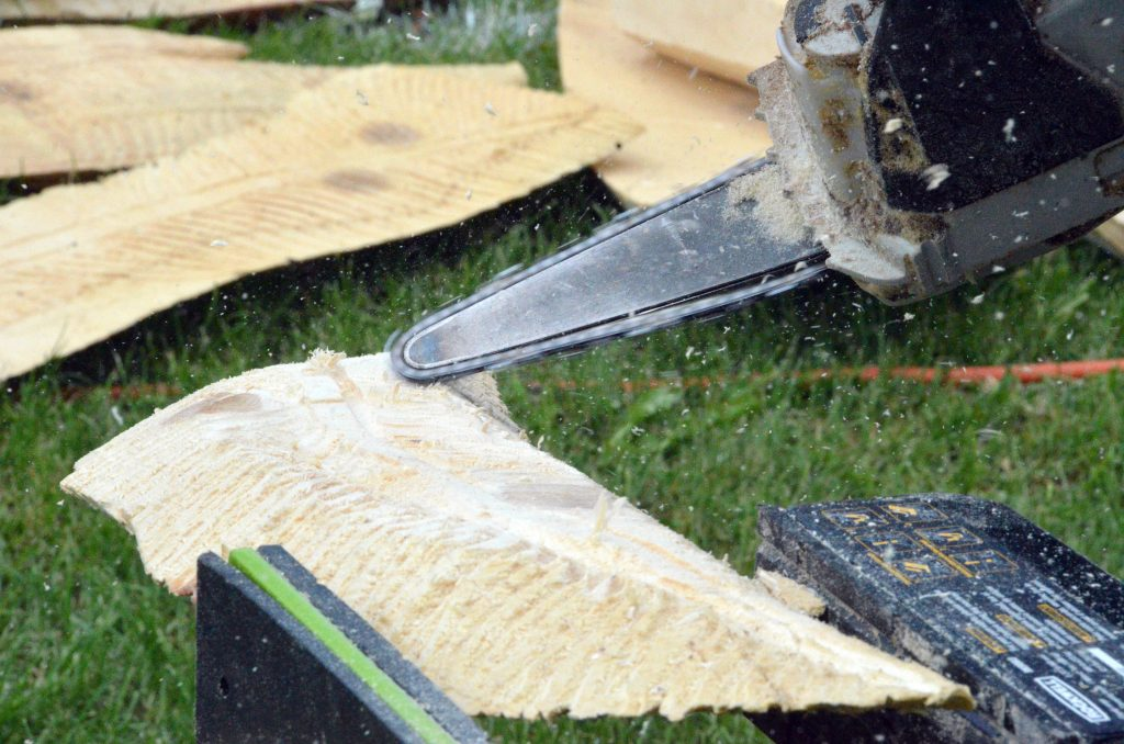 Video: Whittle the Wood — Carver Quick Cuts