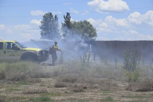 Firefighters respond to grass fire in Moffat County
