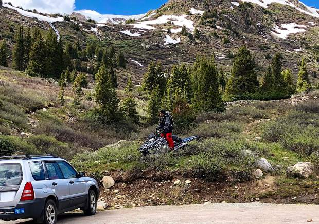 Forest Service investigates Independence Pass snowmobiling case after alleged culprit posted pictures on social media